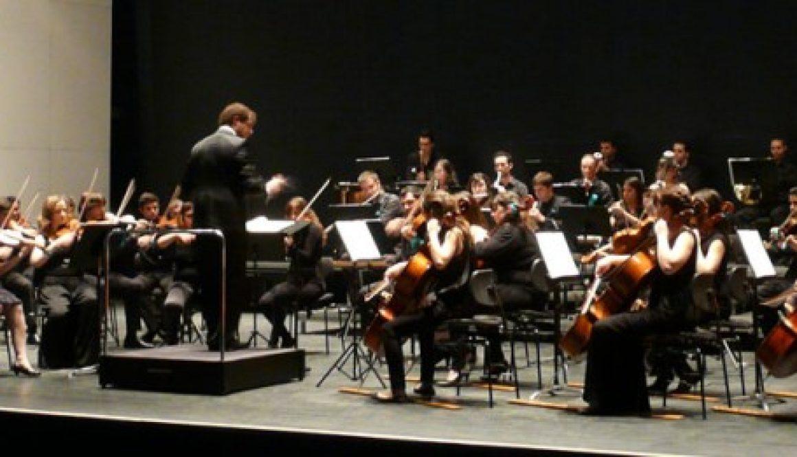 La OJEX dirigida en el I Encuentro 2012 por Andrés Salado