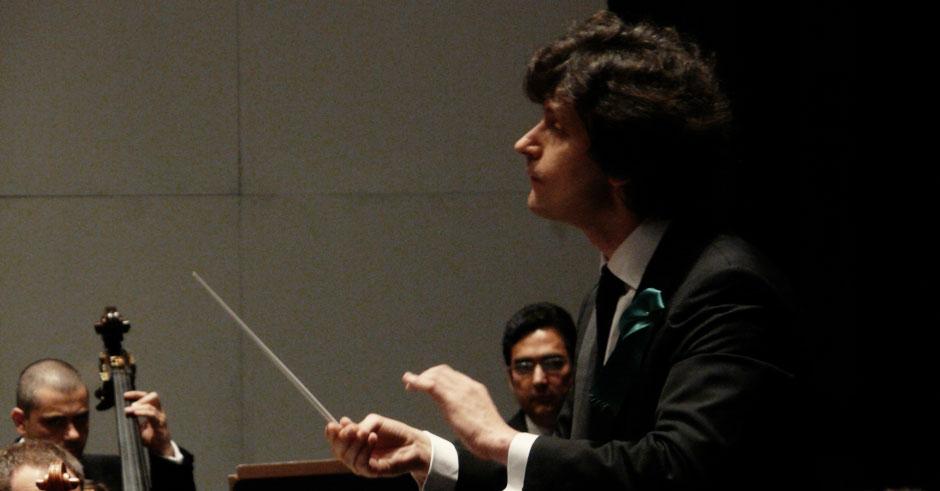 Rubén Gimeno dirige a la Orquesta de Extremadura en el próximo concierto