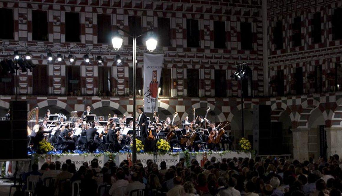 Concierto en la Plaza Alta de Badajoz. 2011.