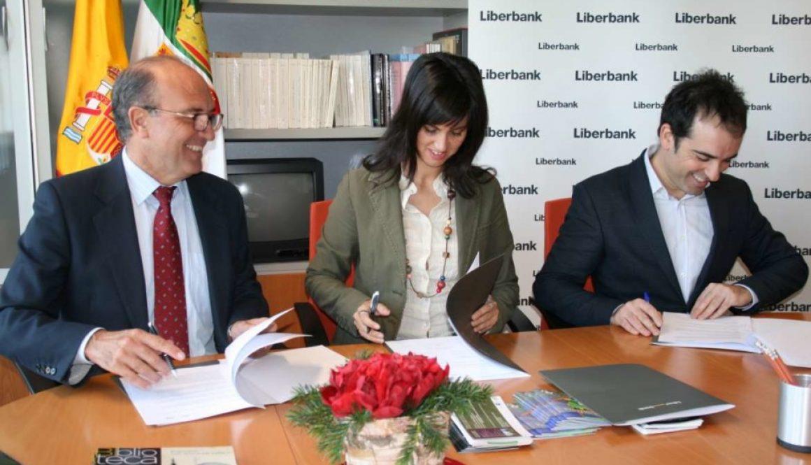 Convenio firmado entre OEX y Liberbank