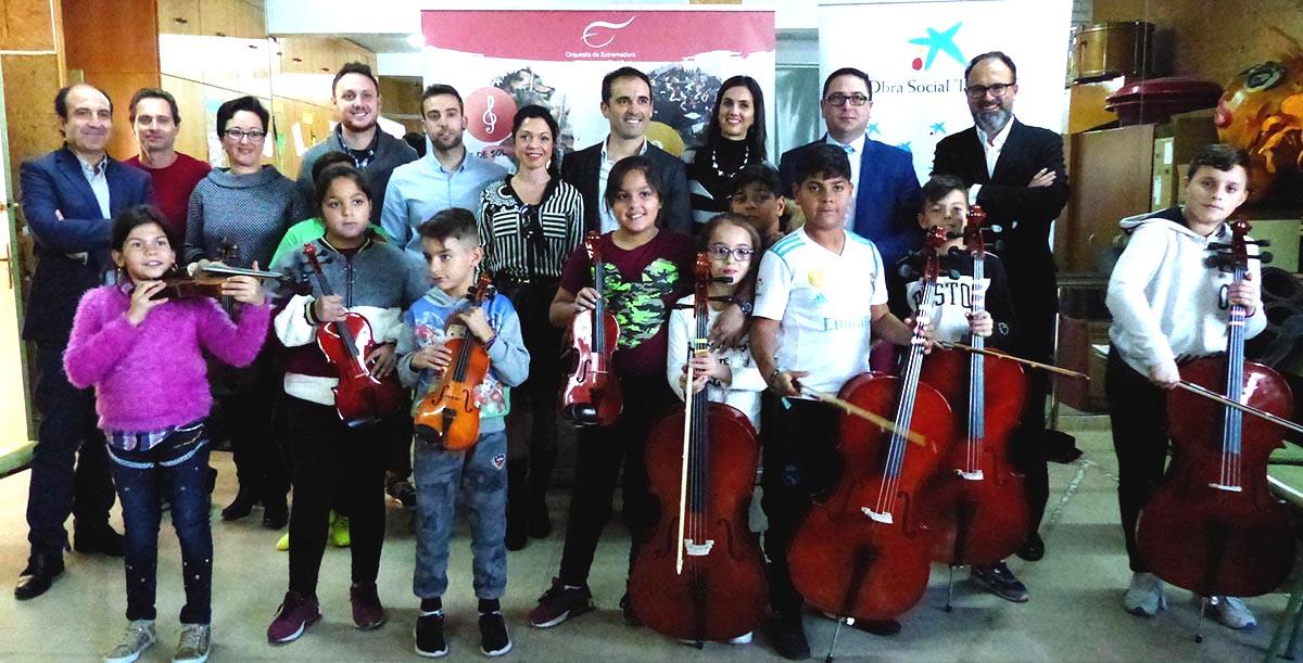 """La OEX y la Obra Social """"la Caixa"""" impulsan el desarrollo social y musical en Los Colorines"""