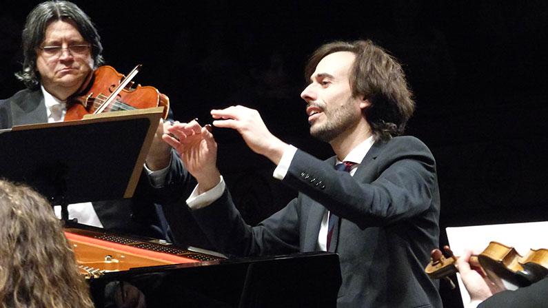 Iván Martín ofrece con la OEX una integral de Chopin