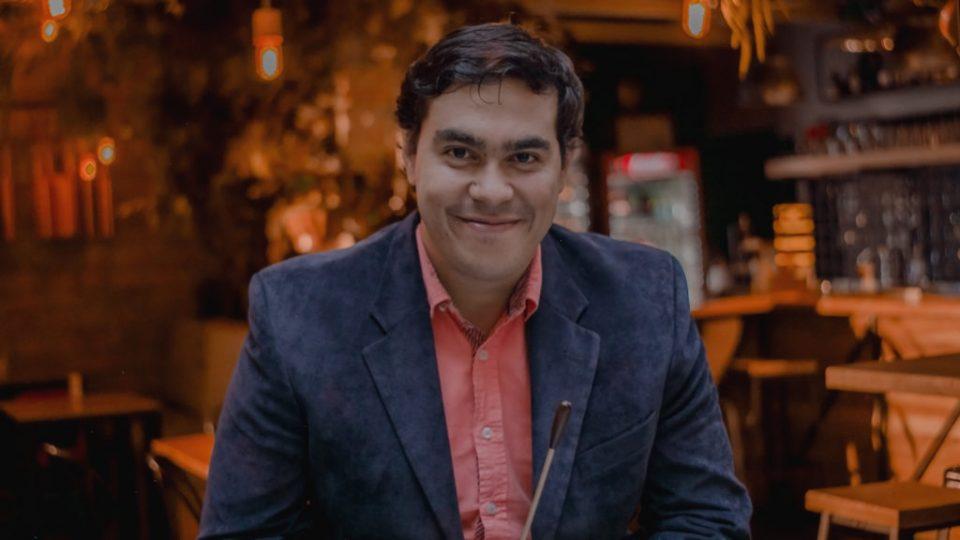 Juan Pablo Valencia Heredia, nuevo director asistente de la Orquesta de Extremadura