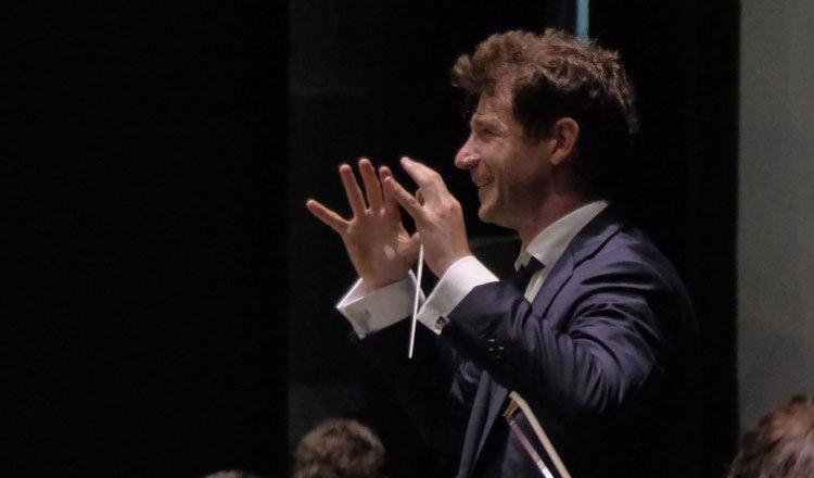 La Orquesta de Extremadura abre nueva etapa con Andrés Salado como director titular y artístico